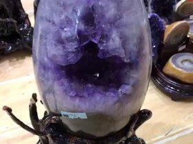 恐龙蛋天然紫晶原石,黑曜石消磁水晶簇
